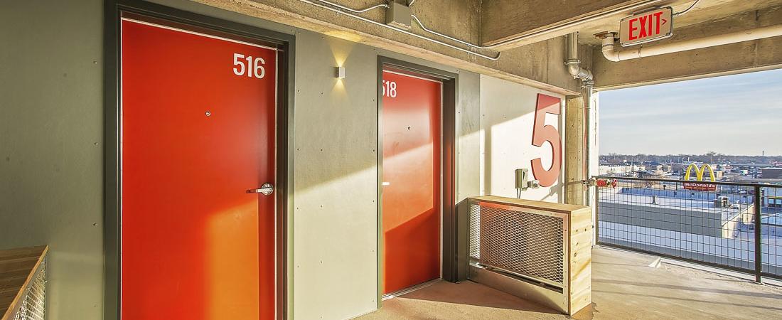 Broadway-Autopark-Apartments_11-1100x450.jpg