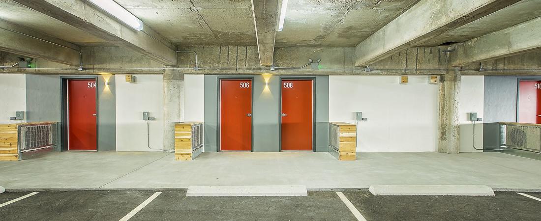 Broadway-Autopark-Apartments_12-1100x450.jpg