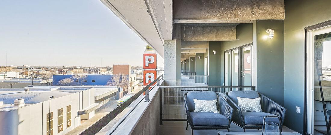 Broadway-Autopark-Apartments_23-1100x450.jpg