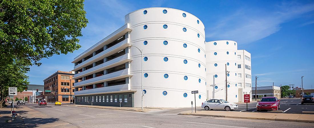 Broadway-Autopark-Apartments_34-1100x450.jpg